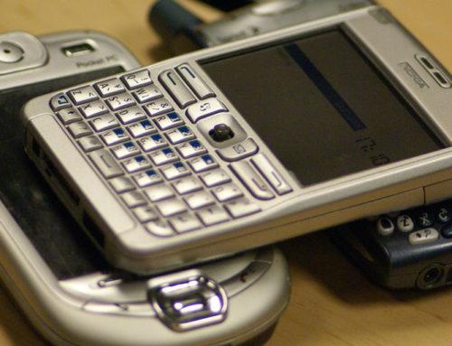 """Masz smartfon? Sam bądź """"smart""""!"""